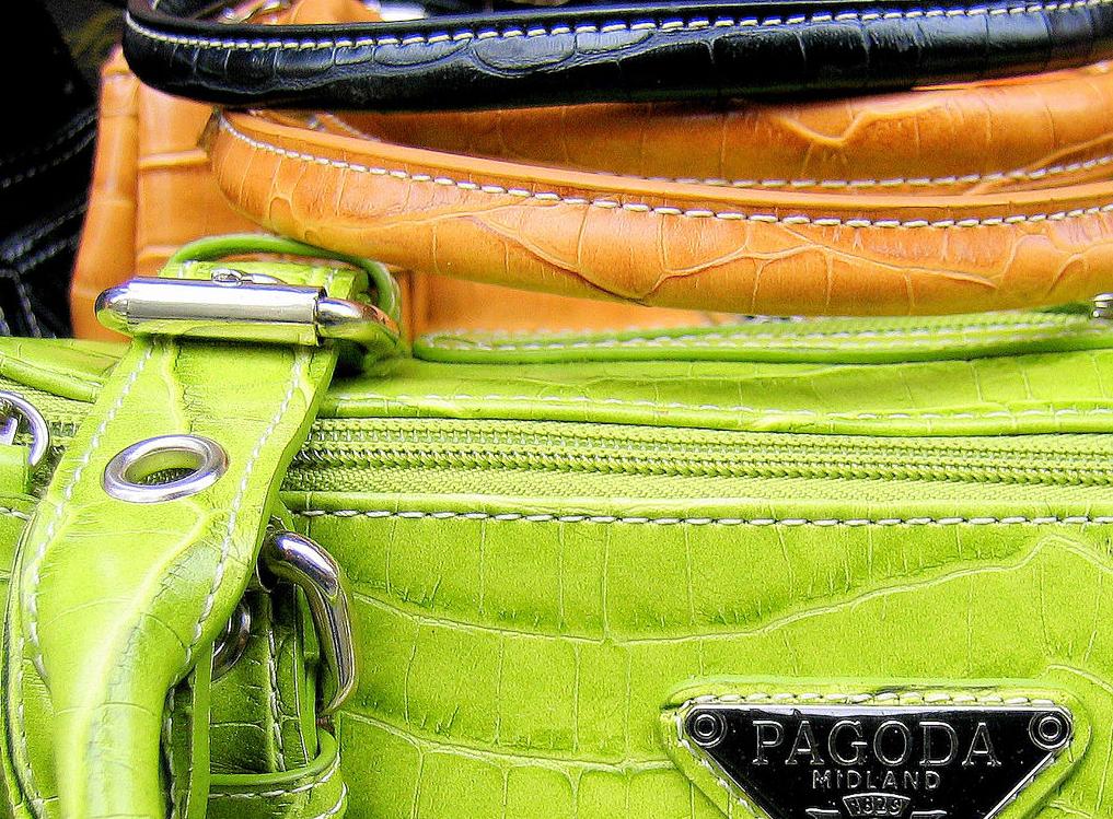 counterfeits, counterfeiting, knock-offs, replicas, fakes